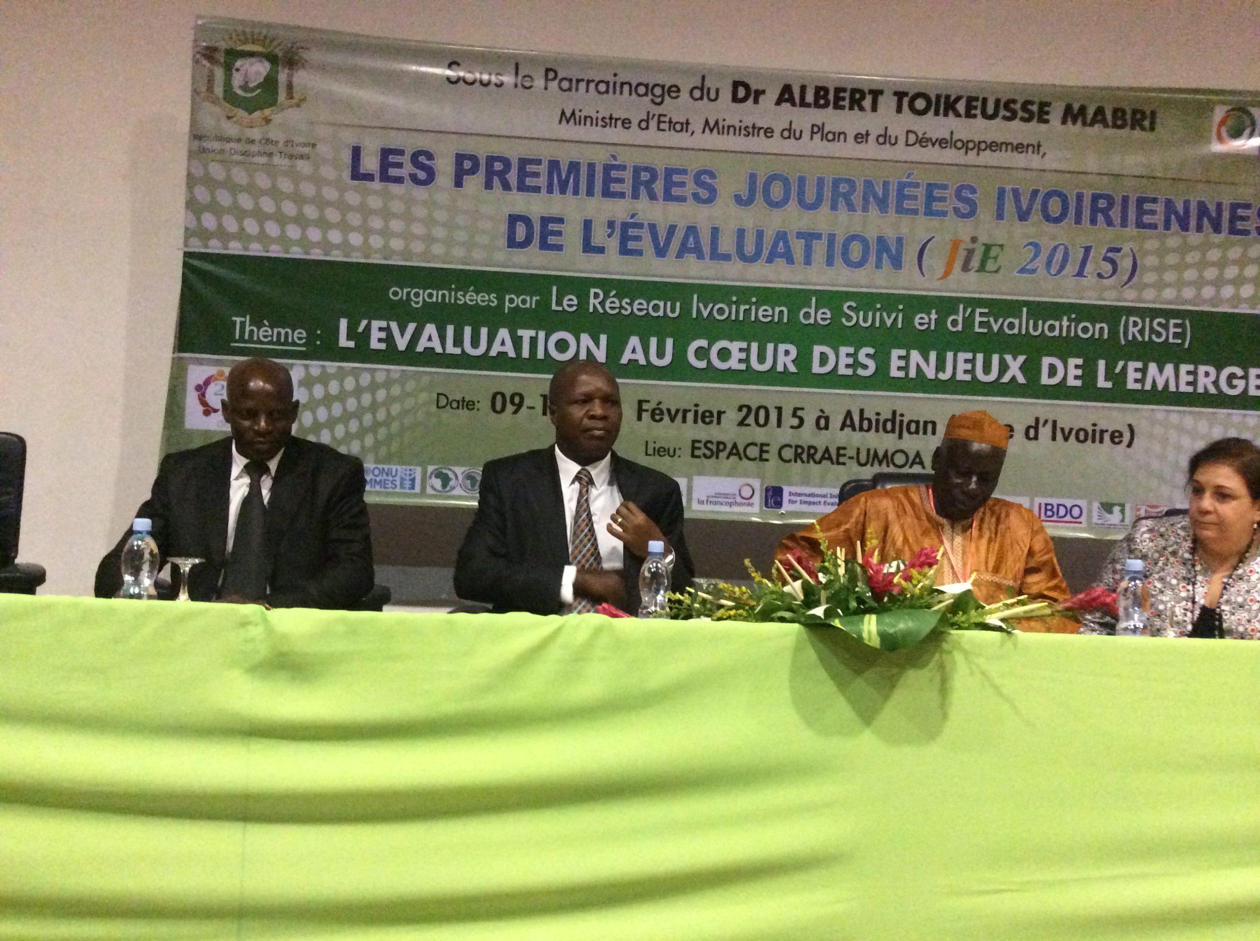 President du RISE (Pr DIAWARA), le MEMPD (MABRI), le SG AfrEA (GADO), la répresentante pays de l'UNICEF assurant l'intérim du Coordonnateur Résident du SNU en Côte d'Ivoire (Mme Adèle KHUDR)